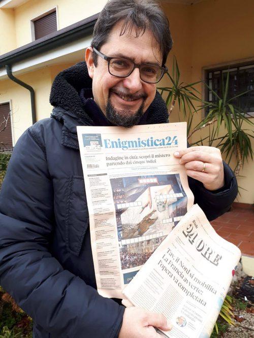 """Dario Zaccariotto con il """"suo"""" Enigmistica24"""